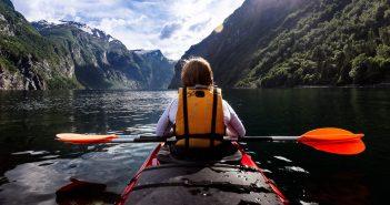 launch a tandem kayak